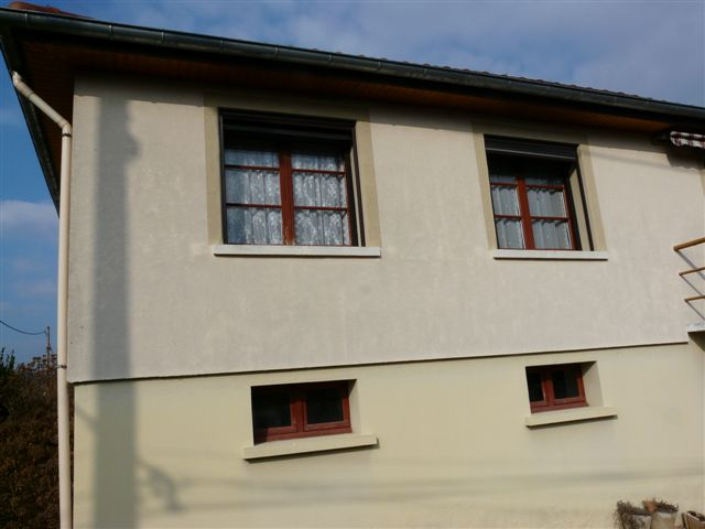 façade isolation par l'extérieur puis revêtement plastique épais